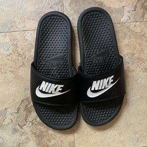 Nike Benassi JDI Women's Athletic Sandals (Slides)